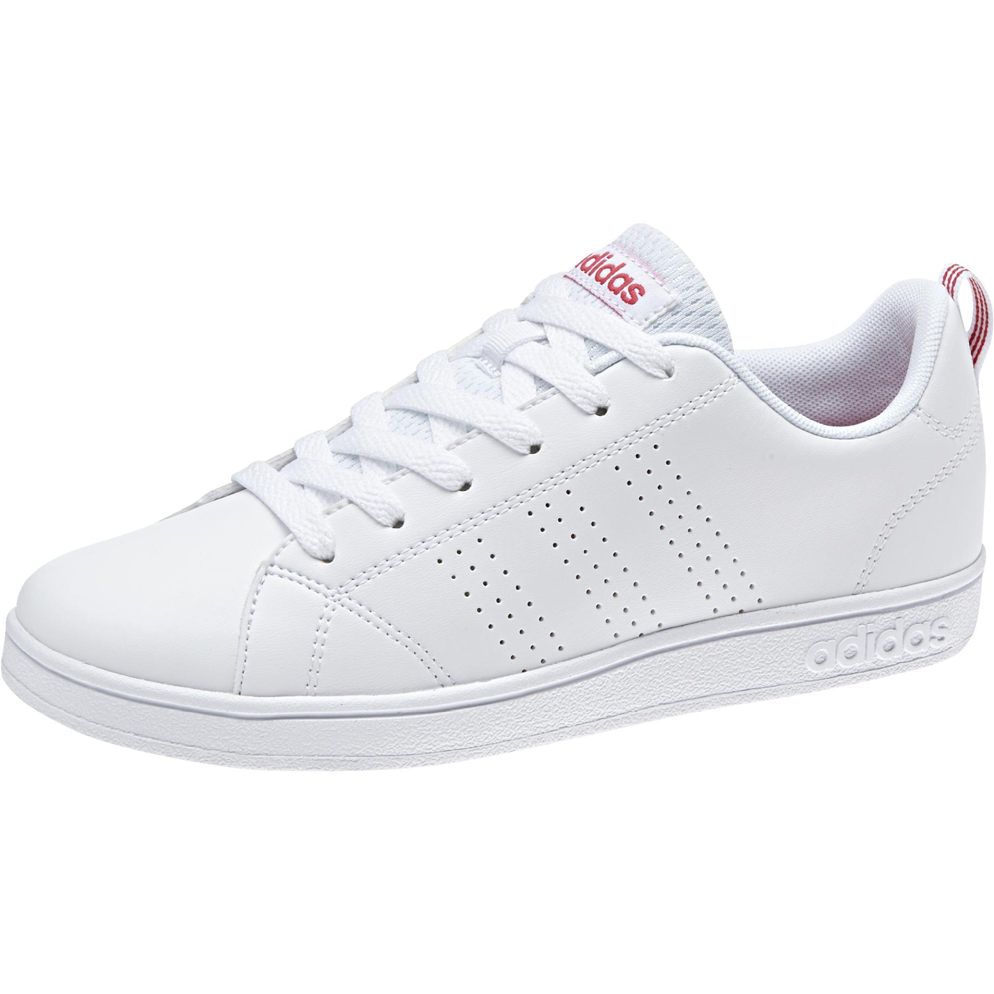 chaussure de femme adidas rose et blanche