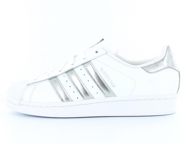 Chaussures adidas superstar blanc argent pas cher style