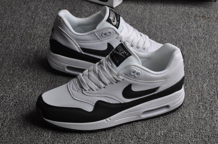 air max one noir gris blanc