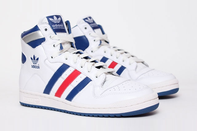 free delivery recognized brands detailing chaussure adidas bleu blanc