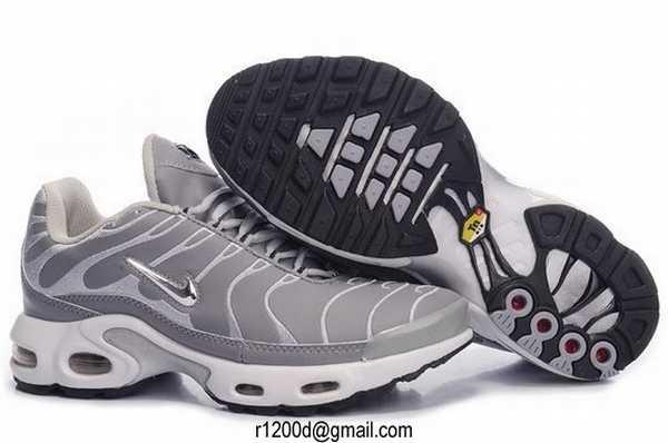 prix le plus bas efb82 12350 chaussure pas cher de marque nike